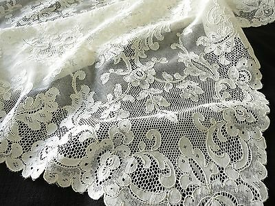 BEAUTIFUL Antique French ALENCON Net LACE TABLECLOTH Flowers Chantilly 66x106