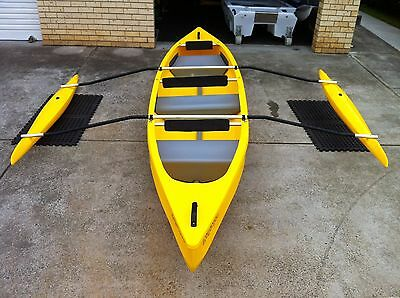REFLECTION CANOE -Yellow with double outriggers and Outboard Bracket
