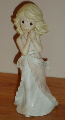 """Precious Moments Words of Grace LOVE 6.5"""" Figurine w/Box Love Accepts Forgives.."""