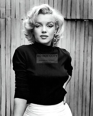 Marilyn Monroe Iconic Actress And Sex-Symbol - 8X10 Publicity Photo (Bb-841)