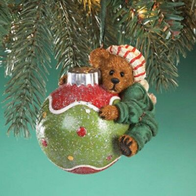 1339 - Boyds Bearstone Barry Clutchins Ornament - NEW!!