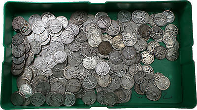 (1) 1916-1947 Walking Liberty Silver Half Dollar 50c Coin Average Good from Lot