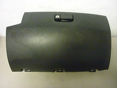 2004 2005 04 05 Mitsubishi Endeavor Glove Box