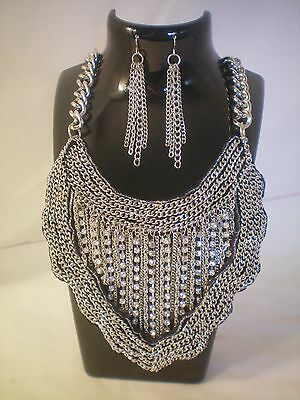 New Without Tags Sparkling Rhinestone Necklace W/Matching Earrings Prom Theatre