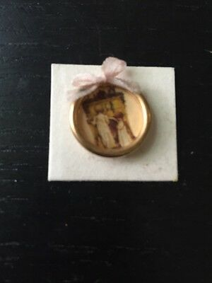 """Miniature Dollhouse Round Gold Picture Of Children In Pj's 5/8"""""""