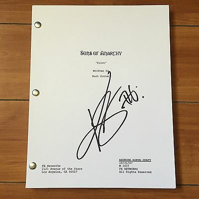 KIM COATES SIGNED SONS OF ANARCHY FULL PILOT SCRIPT w/ PROOF & CHARACTER NAME