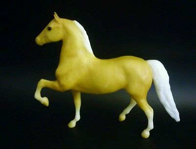 "Breyers Paddock Pals Horse ""morgan Stallion"". Near Mint Condition"