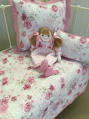 3 pc Shabby Chic Fleur Girls Baby Cot Quilt & 2 Cushions Florals Linens n Things