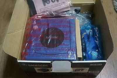 Boxed Game cube  console purple Japan NTSC-J excellent slightly used