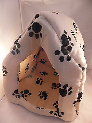 Padded House / Den / Bed, Black Or White With Paw Prints  Cbe 04