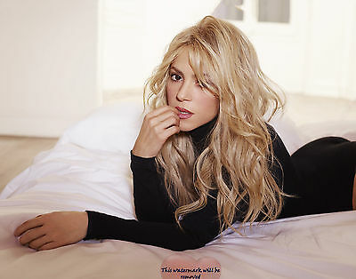 Shakira, 8X10 glossy & Other Size & Paper Type  PHOTO PICTURE s4