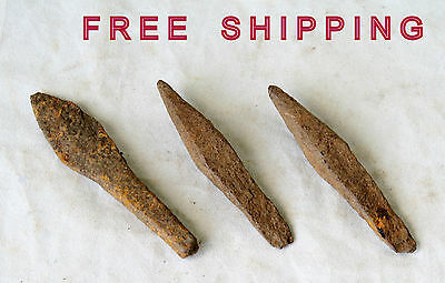 Lot of 3 ANTIQUE ANCIENT ROMAN ARTIFACT -  IRON ARROWHEAD Arrow Head