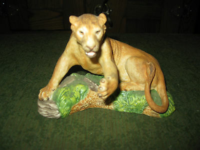Franklin Mint Great Cats Of The World Asiatic Lioness Figurine