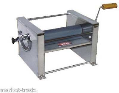 """PIZZA ROLLER  SHEETER ** MANUAL 16"""" Wide  ** Dimension: 19"""" W x 10"""" H x 12"""" D"""
