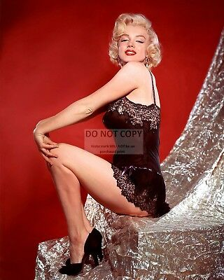 Marilyn Monroe Iconic Sex-Symbol & Film Actress - 8X10 Publicity Photo (Zz-629)