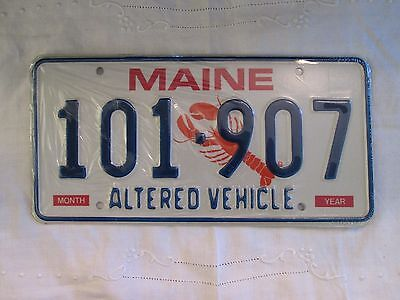 New Unissued Pair Of Maine Altered Vehicle License Plates