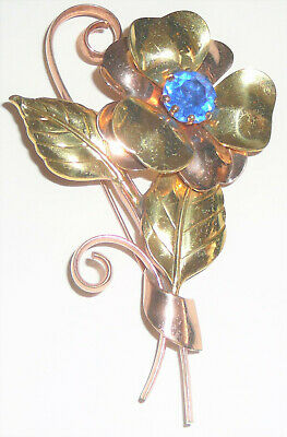 Two-tone floral vintage brooch w brilliant blue stone
