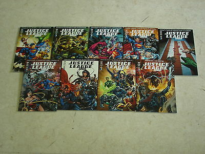 JUSTICE LEAGUE SAGA Lot de 9 comics