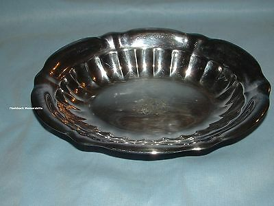 Vintage GORHAM Silver Plated SERVING TRAY Oval SCALLOPED Platter Y768 M.F.R.