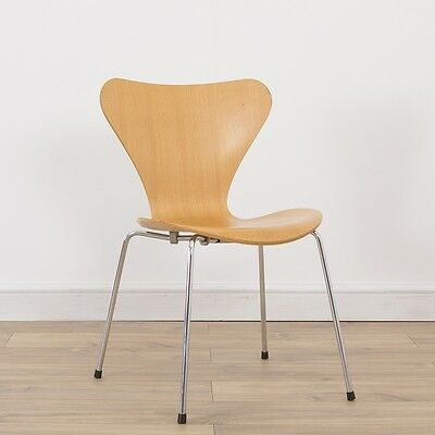 1 x Fritz Hansen Vintage Original Authentic Arne Jacobsen Series 7 Plywood Chair