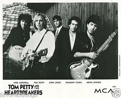 Tom Petty And The Heartbreakers  8X10 Photo #97