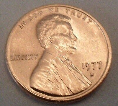 1977 D Lincoln Memorial Cent / Penny  **FREE SHIPPING**
