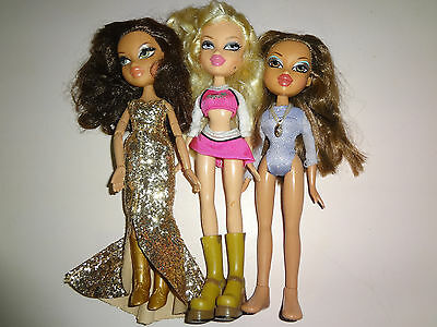 Lot of 3 BRATZ Dolls Fully Clothed & With Feet or Shoes