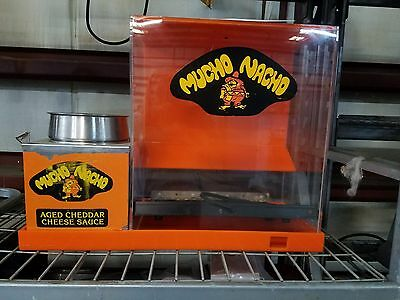 Nacho Chip & Cheese Warmer Display Merchandiser w/ APW W4 Cheese Warmer