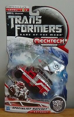Transformers DOTM Dark of the Moon Deluxe Class Specialist Ratchet MOSC