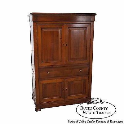 Grande Arredo French Country Style Cherry Entertainment TV Armoire Cabinet