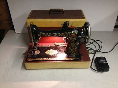 Vintage 1952 Singer RF 4-8 Sewing Machine w/ Footswitch