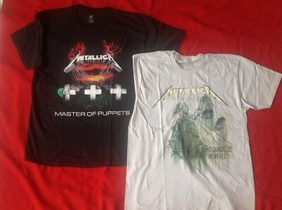 2 Metallica T-shirts - Large