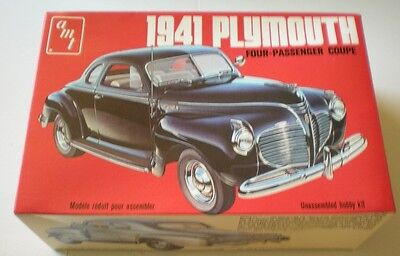 AMT 1941 Plymouth Four-Passenger Coupe Plastic Model Car Kit Scale 1/25 #T148