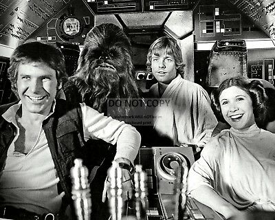 """Harrison Ford, Mark Hamill & Carrie Fisher In """"star Wars"""" - 8X10 Photo (Zz-659)"""