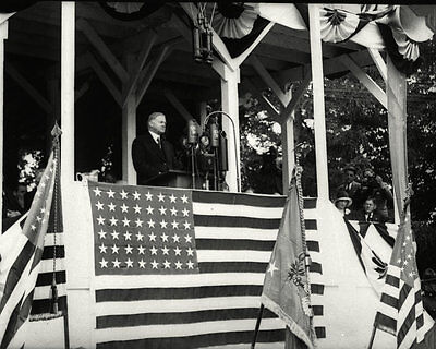 President Herbert Hoover Delivers Speech @ Gettysburg 1930 - 8X10 Photo (Da-753)