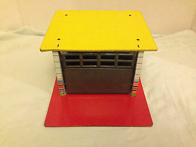 Vintage Eagle Toys Tin Garage