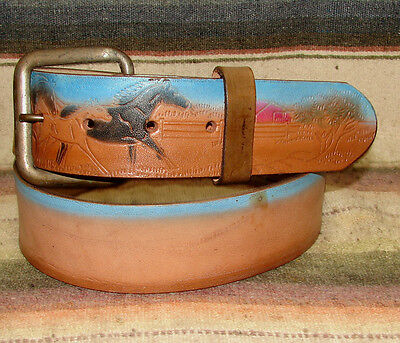 Vintage Painted Ranch Horse Scene Brown Blue Red Leather Western Belt Sz 38 New
