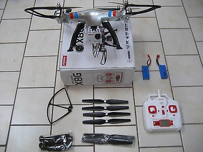 LIKE NEW  SYMA X8G  6 Axis system,headless mode function with 5 mp HDcamera 2GB
