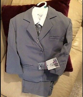 NEW Boy's (baby small) Formal Grey Suit with Long Tie Set ( 0-6 months)