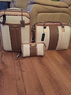 River Island White And Tan Suitcase Weekend Bag & Makeup Bag ***sold Out**