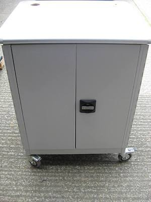 Sahara Moby-Go 2 Multimedia Cabinet / Trolley with Key & 3 Shelves (1 Moveable)