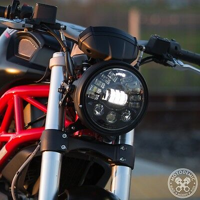 Motodemic headlight Conversion With Adaptive LED For Triumph Speed triple 2011+