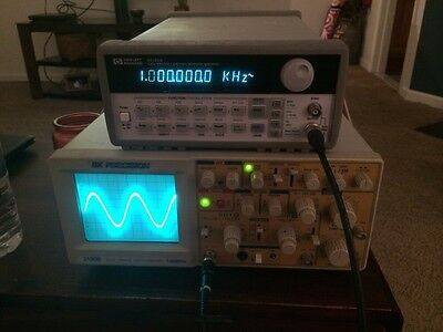 Hewlett Packard 33120a 15 MHz Function Generator TESTED Signal HP