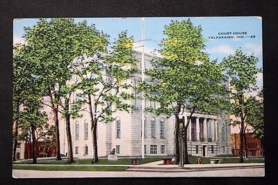 c.1955 Postcard Showing the Court House in  Valparaiso, Indiana - Posted