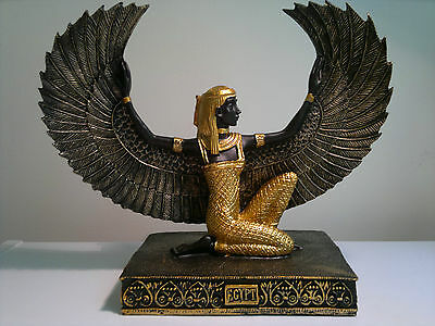 BN Isis Statue 20cmx25cm Egyptian Goddess of Life & Love Guide of the Underwor