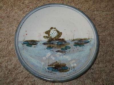 Humourous HIGHLAND STONEWARE SCOTLAND Hand Painted FROG Wall Plate 20cm #2