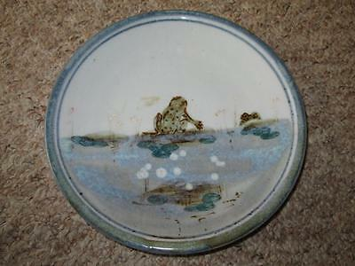 Humourous HIGHLAND STONEWARE SCOTLAND Hand Painted FROG Wall Plate 20cm #3