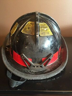 Cairns 1010 Fire Firefighter Helmet Black Good Used Condition Halloween Costume