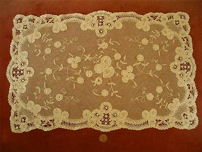 SUPERB HAND MADE Antique Vtg BELGIAN BRUSSELS PRINCESS LACE DRESSER SCARF RUNNER