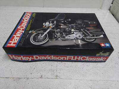 New Tamiya 1/6 Harley-Davidson FLH Classic Black versioning model kit 16037